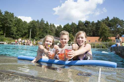 Pool im Geocachingcamp in Sachsen
